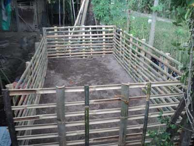kerangka-bambu-kolam-terpal